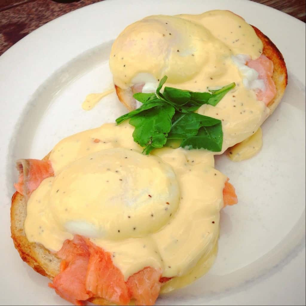 Eggs Benedict with salmon at Fishbone Cafe, Kerikeri.