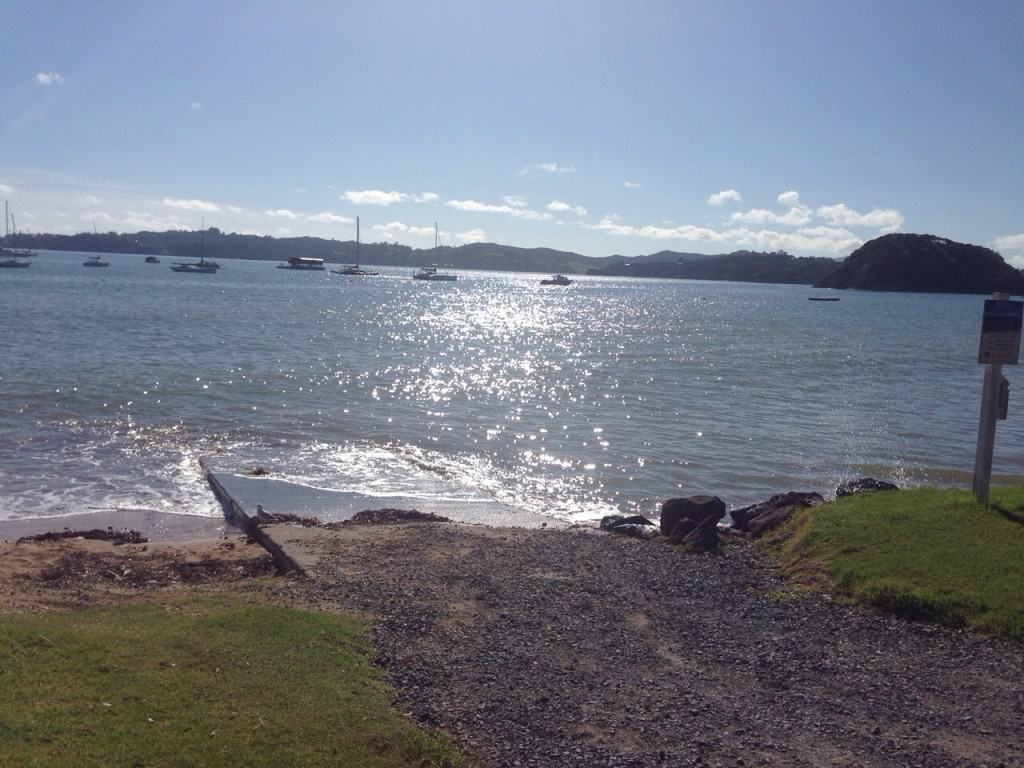 This was the spot where I chose to launch my kayak in Paihia.